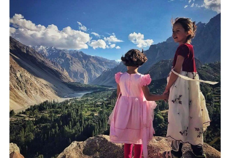 young girls in pakistan mountains