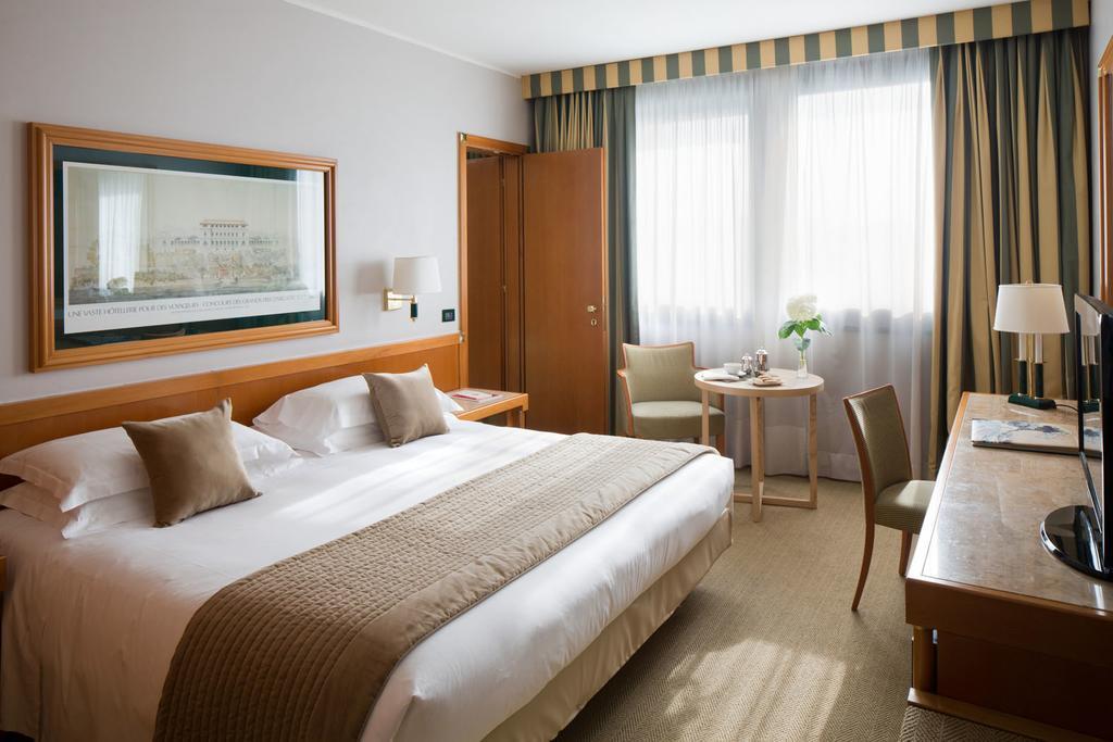 Starhotels President best hostels in Genoa