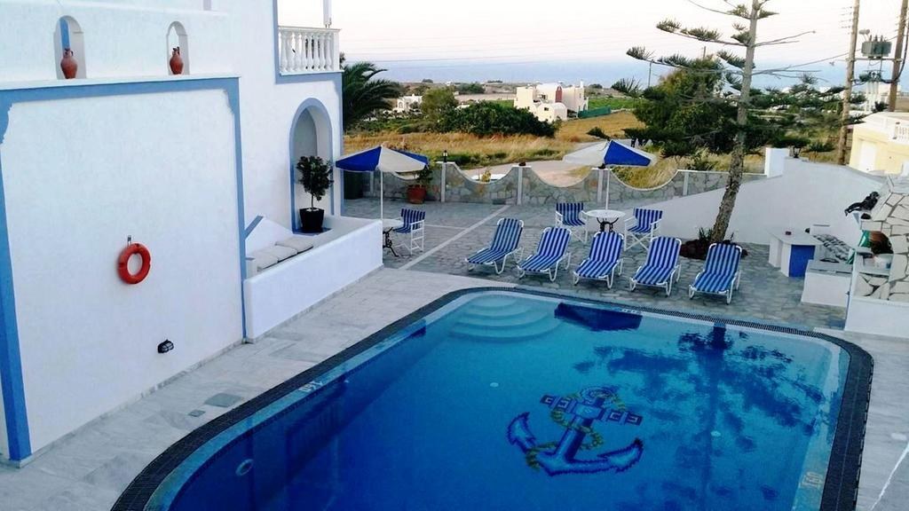 Stavros Villas best hostels in Santorini