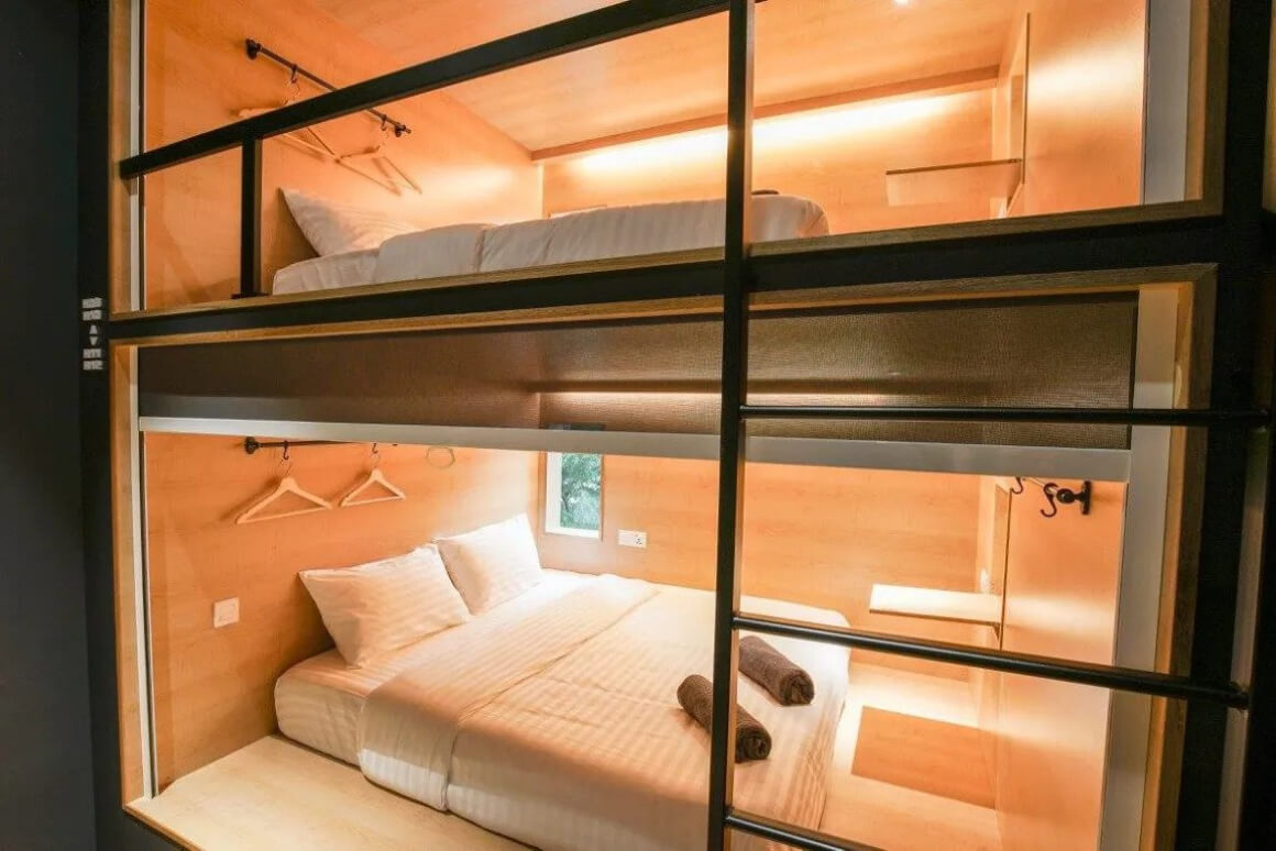 The Bed - Capsule Hotel