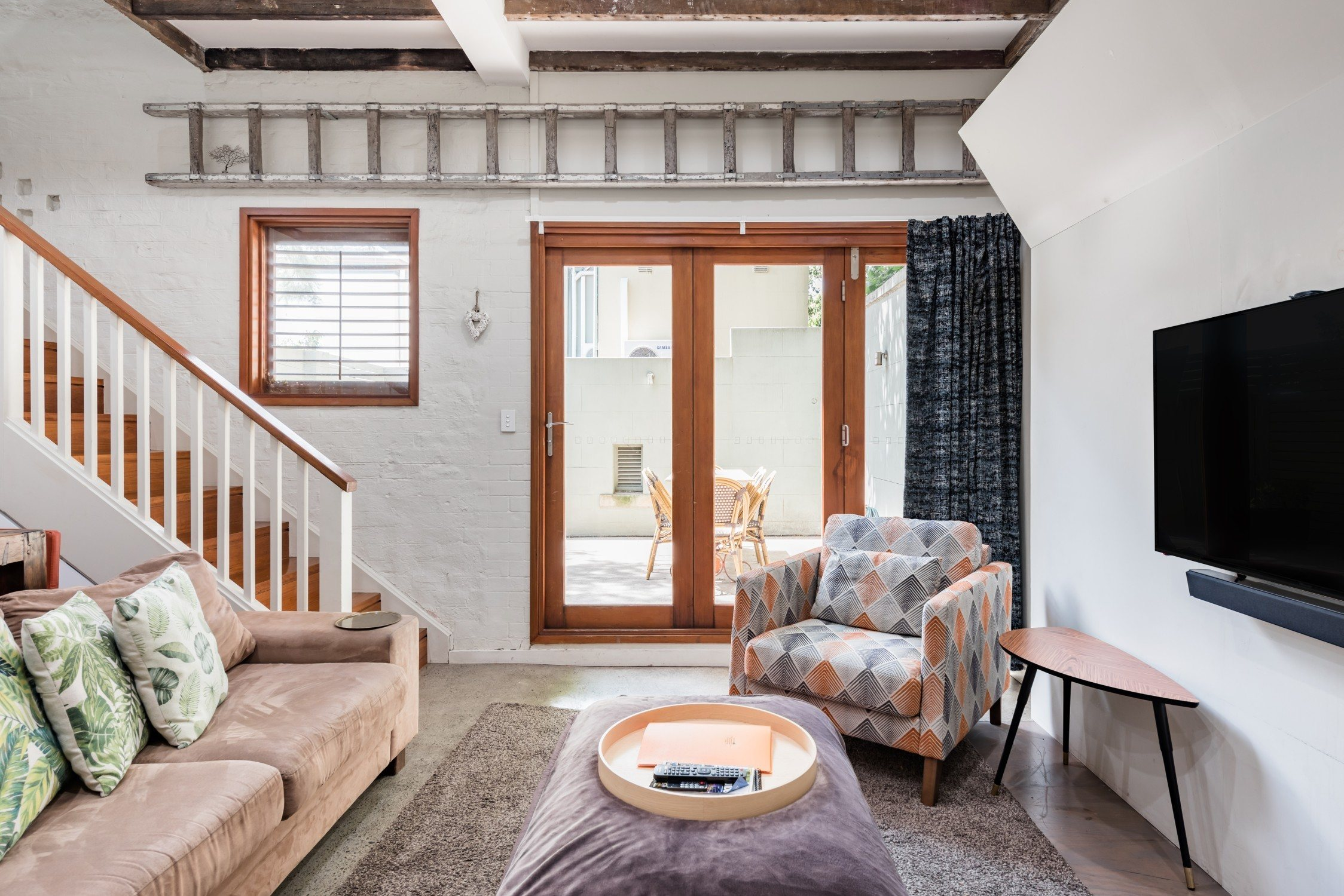 Best Airbnb in Sydney:The Mews on Prince Alfred Park – Central Station