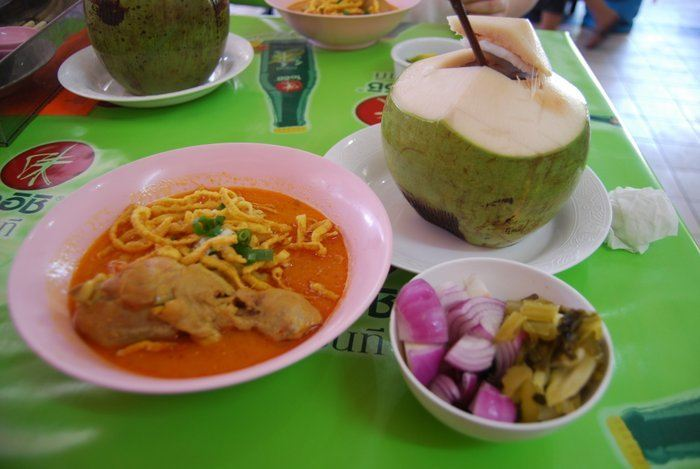 Backpacking Chiang Mai Food