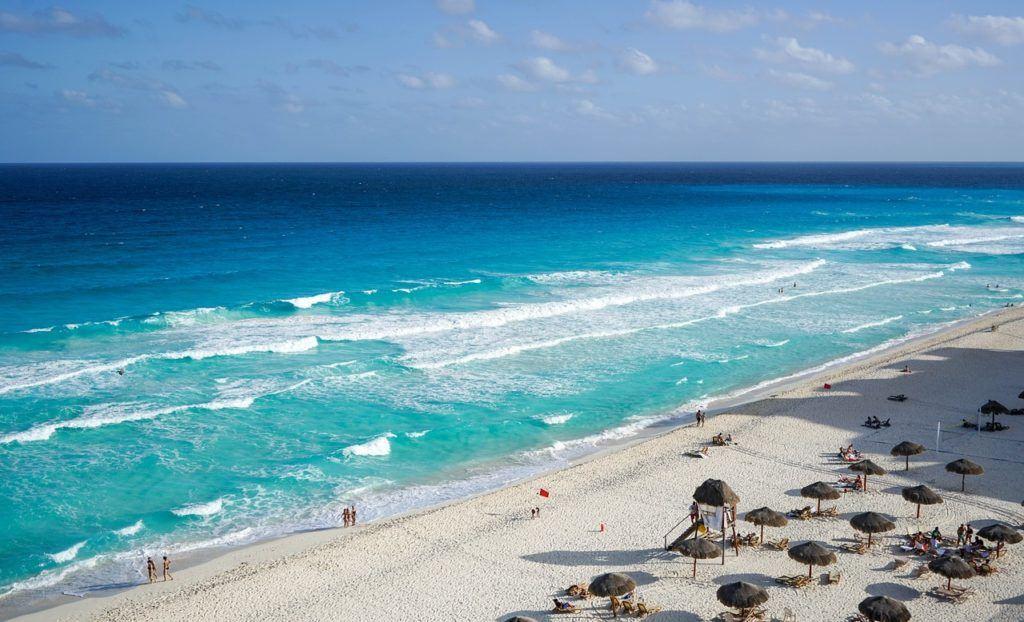 beautiful beaches in Cancun Mexico