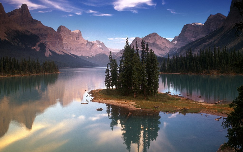 Spirit Island at Maligne Lake jasper park canada