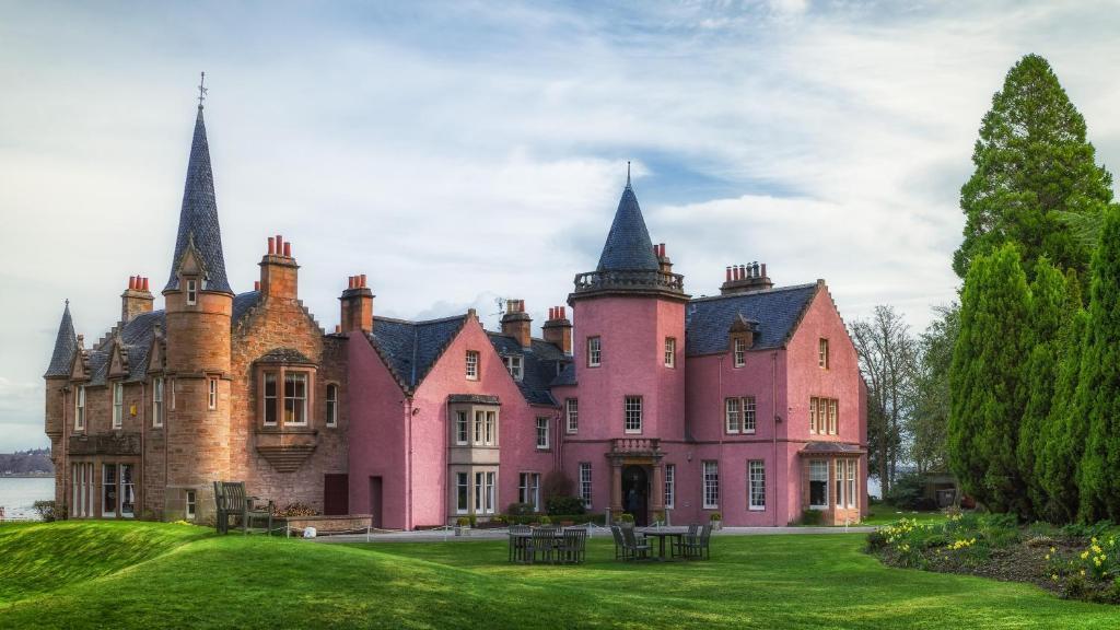 Best Splurge Hotel in Inverness -Bunchrew House