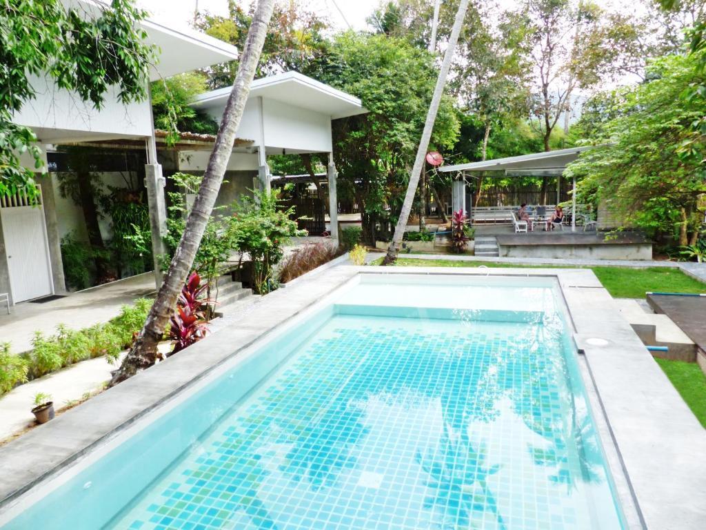 Glur Hostel best hostels in Krabi