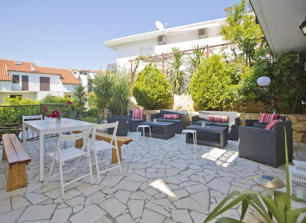 Guesthouse Dvoshko best hostels in Hvar