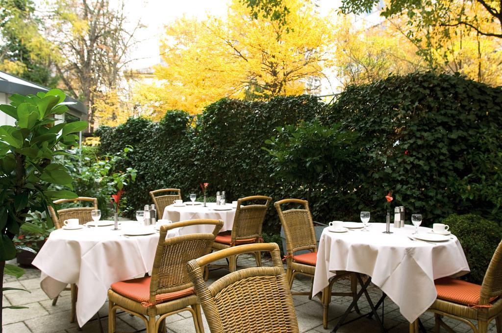 NH Frankfurt Villa best hostels in Frankfurt