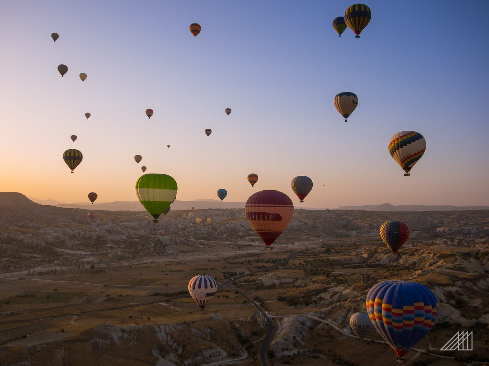 cappadocia hot air balloons backpacking turkey