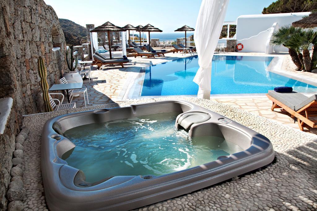 Paradise View Hotel best hostels in Mykonos