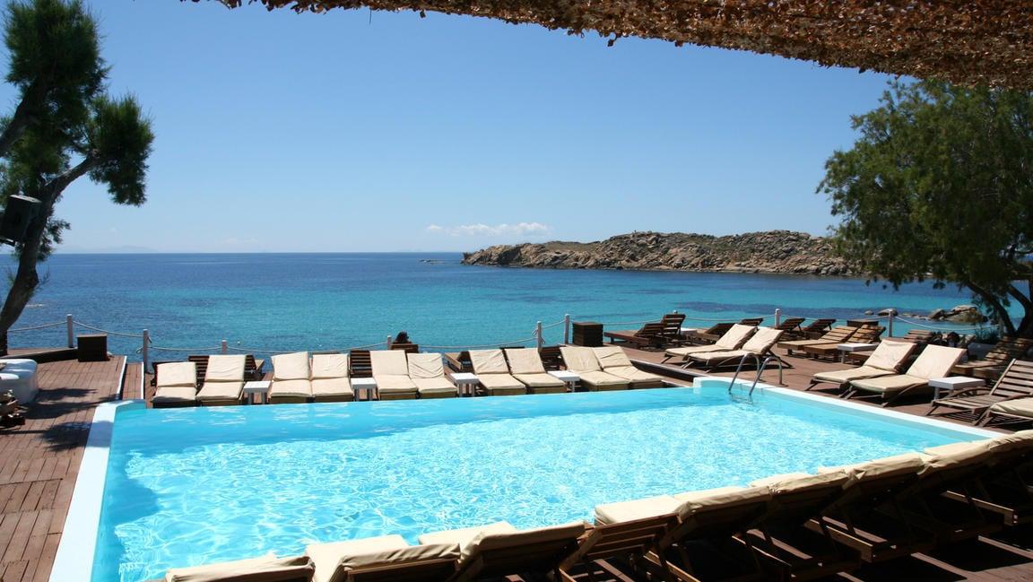 Paraga Beach Hostel best hostels in Mykonos