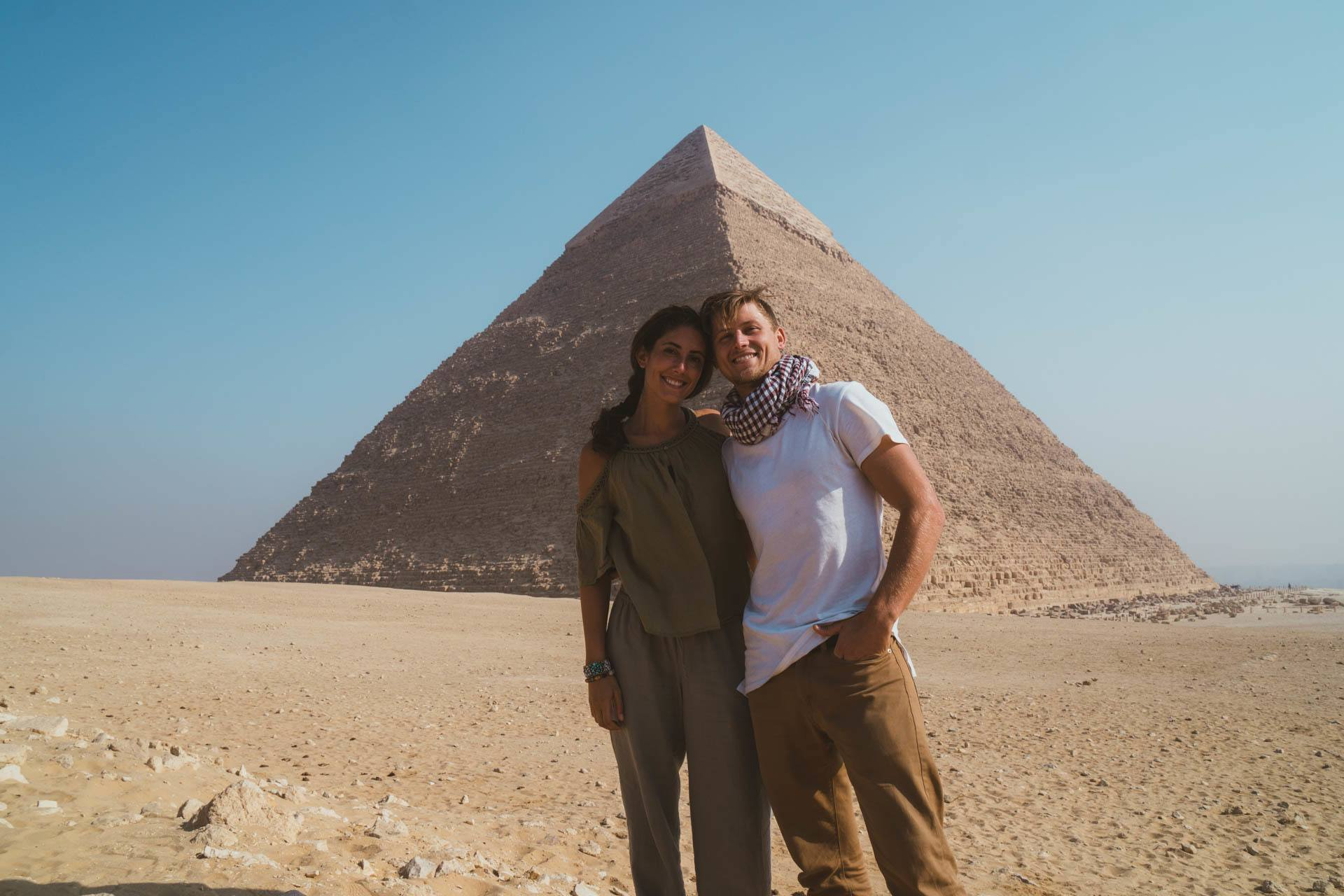 Visiting the Pyramids of Giza while backpacking Egypt