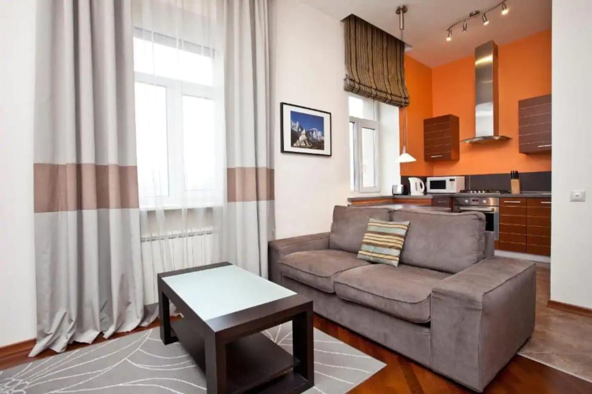 Studio Apartment Mayakovskaya