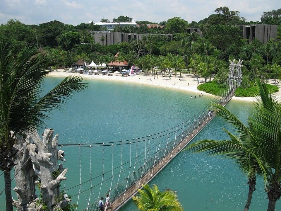 sentosa-beach-singapore