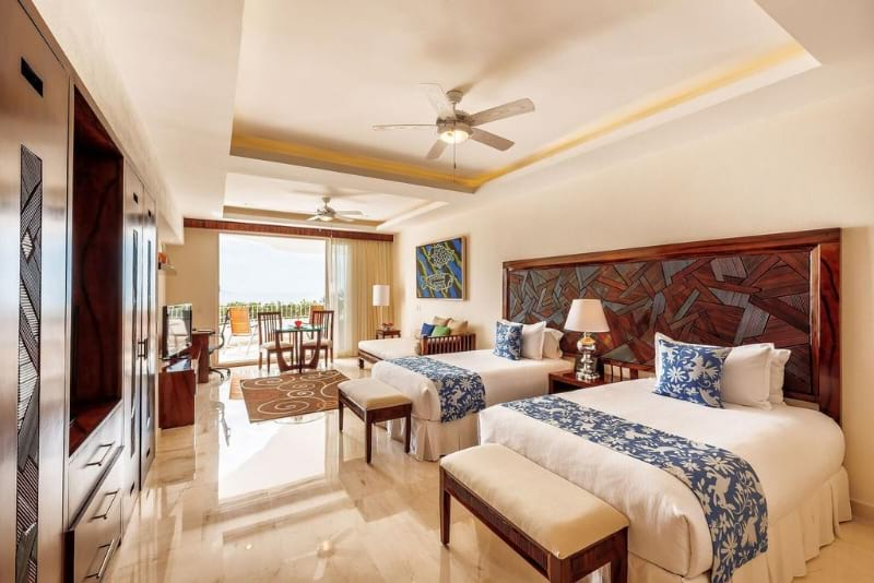 Grand Miramar All Luxury Suites and Residences