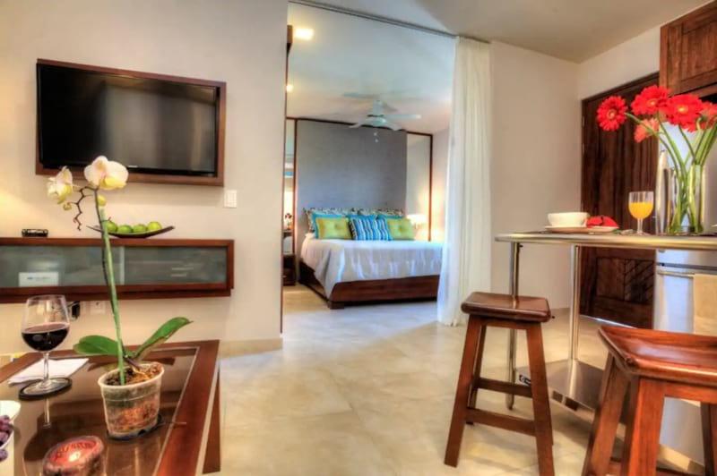 Luxury Studio with Ocean Views