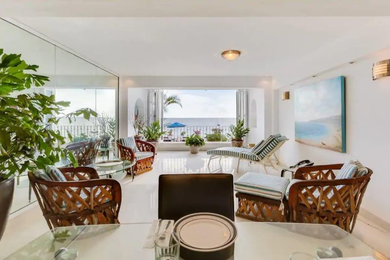 One Bedroom Oceanfront Condo