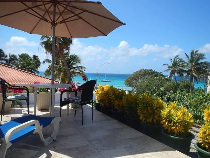 Stunning Oceanview Beach Apartment