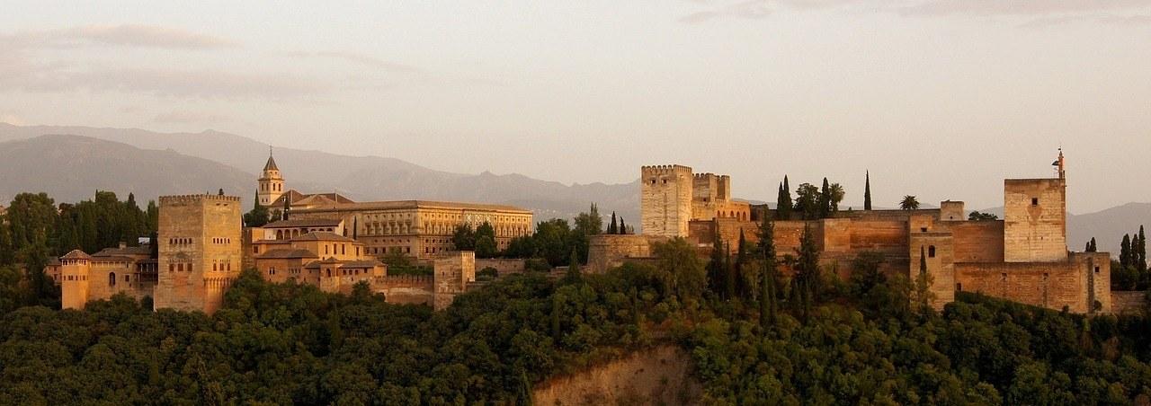 spain travel tips for Granada