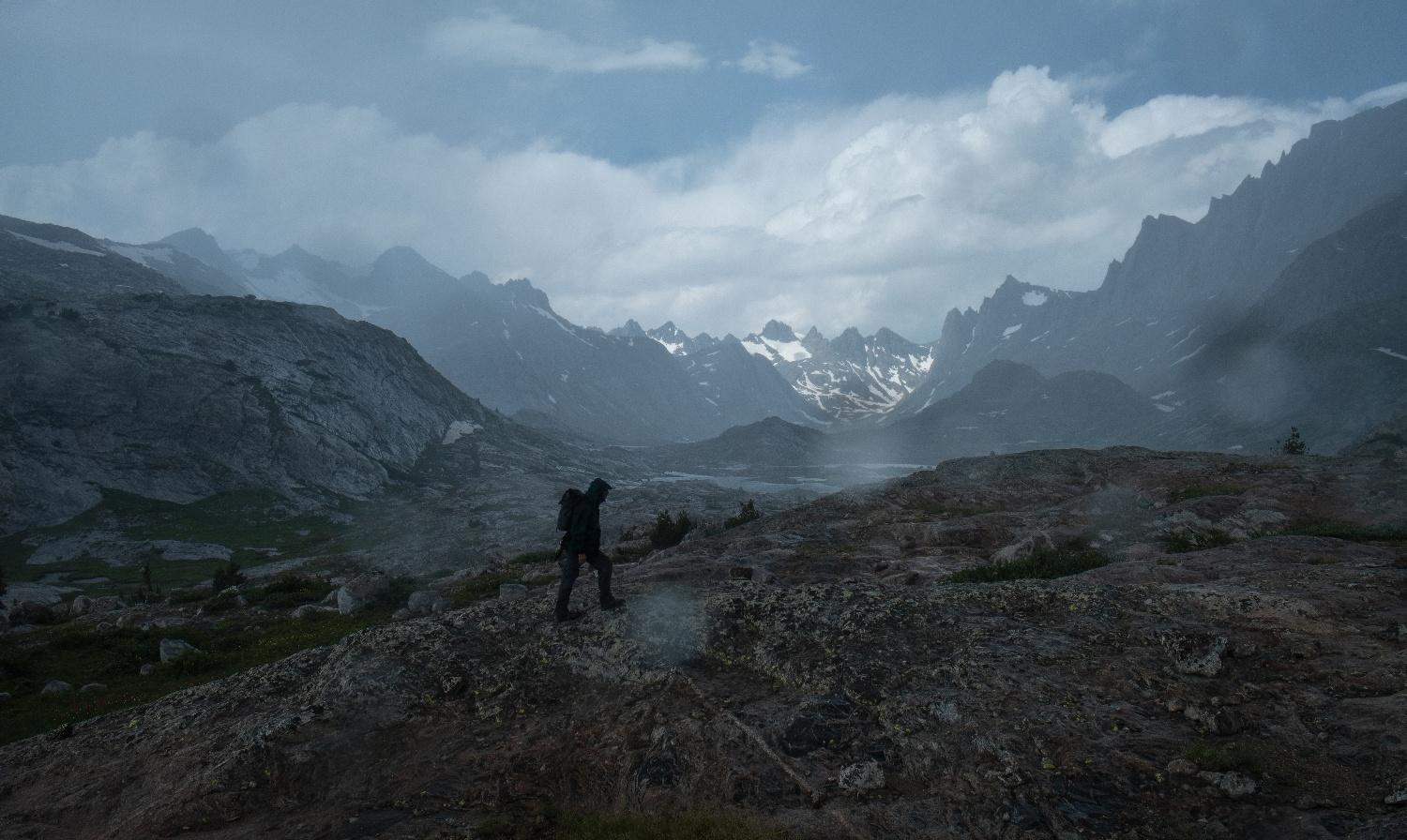 storm in the titcomb basin roaming ralph