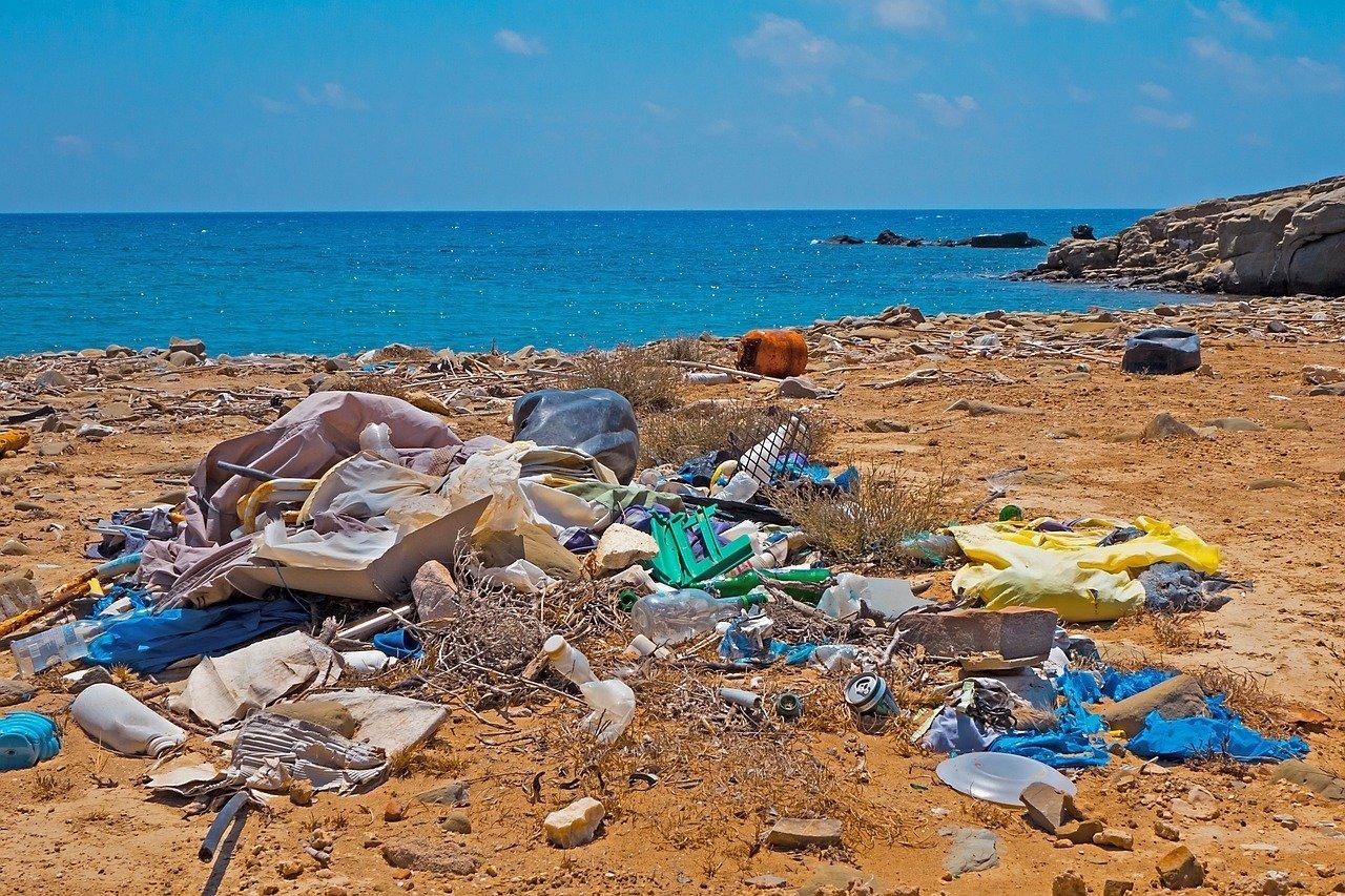 plastic on beaches