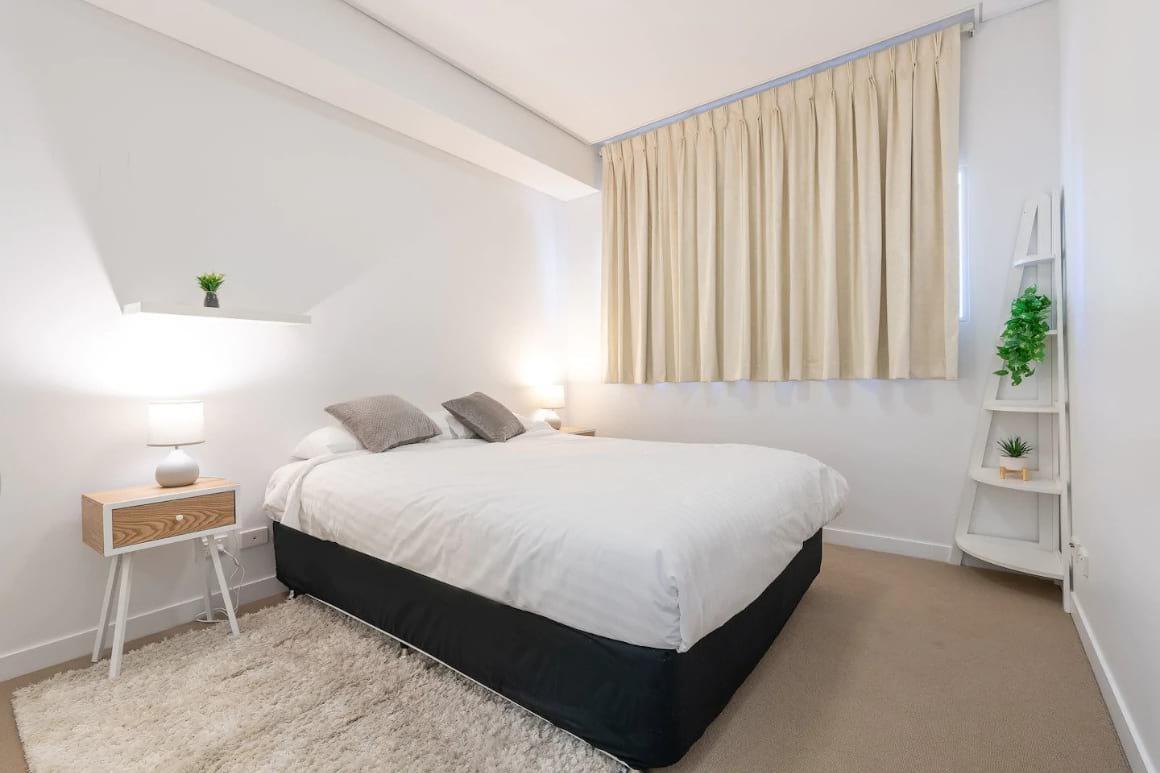 1BR Apartment in Quiet Uptown Area