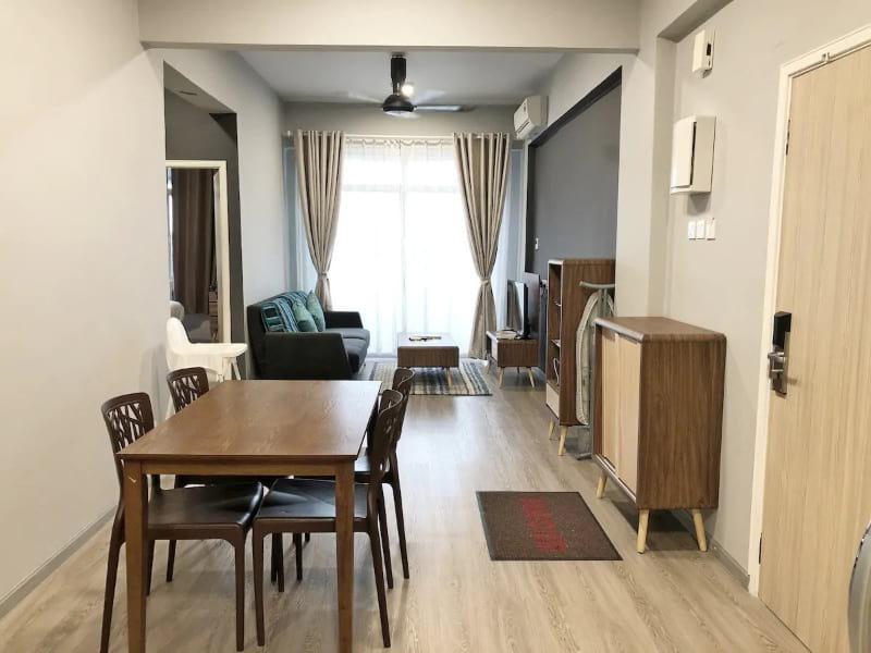 3 Bedroom Modern Apartment