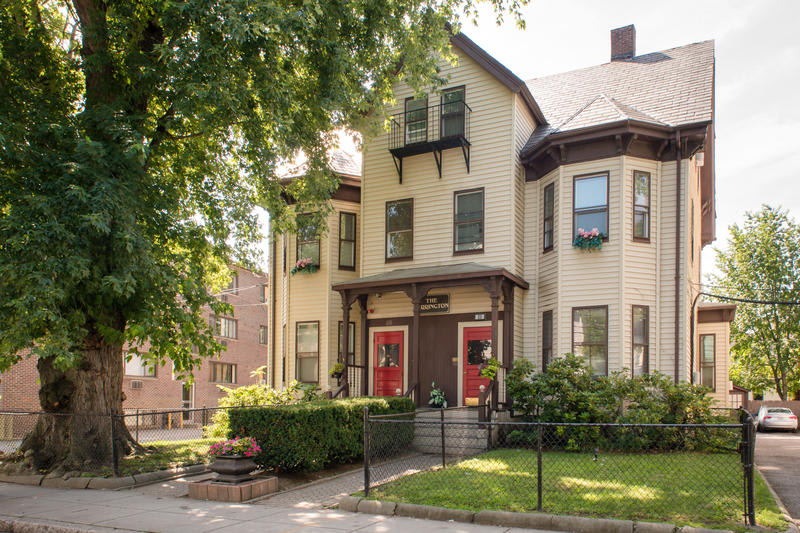 Abercrombie's Farrington Inn best hostels in Boston