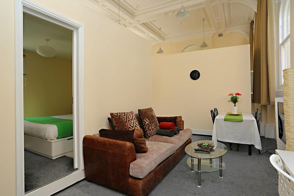Concorde House best hostels in Bristol