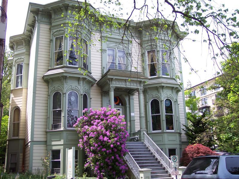 HI Portland Northwest best hostel for solo travellers in Portland