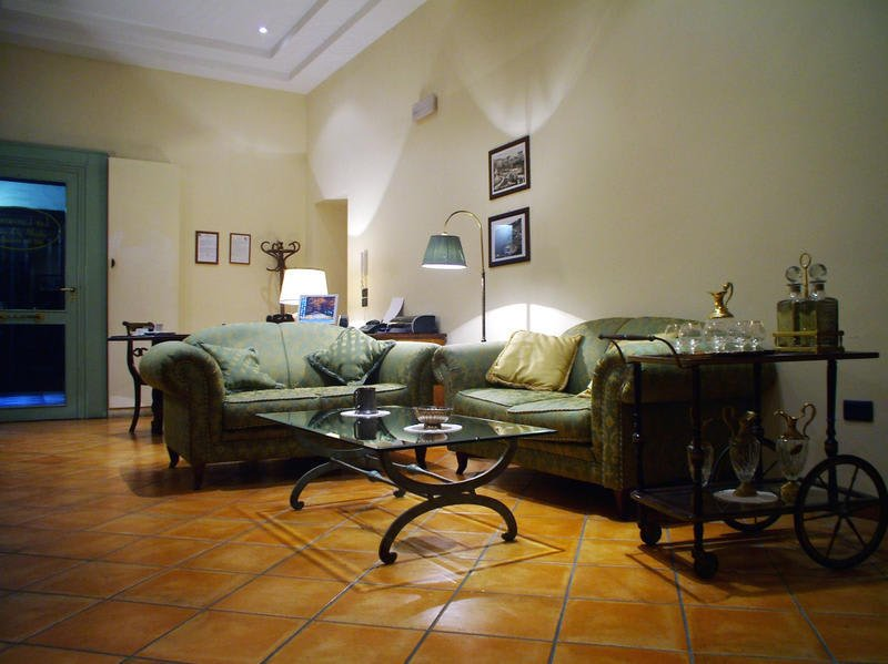 Hotel La Locanda dellArte best hostels in Naples