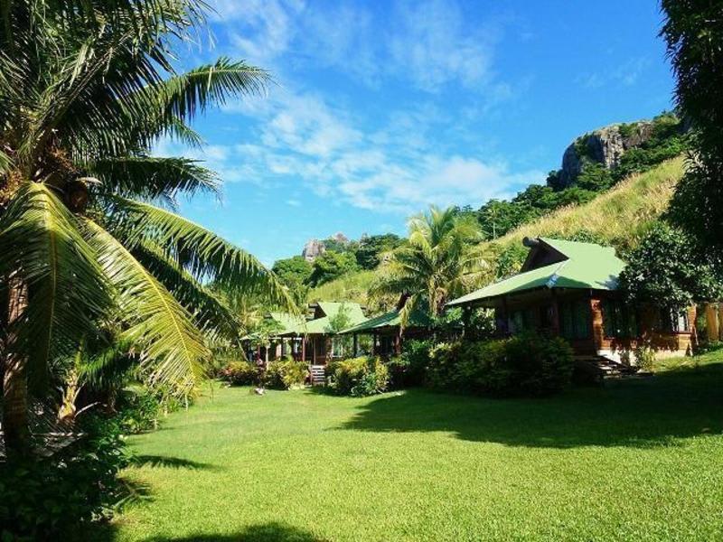 Naqualia Lodge best hostels in Fiji