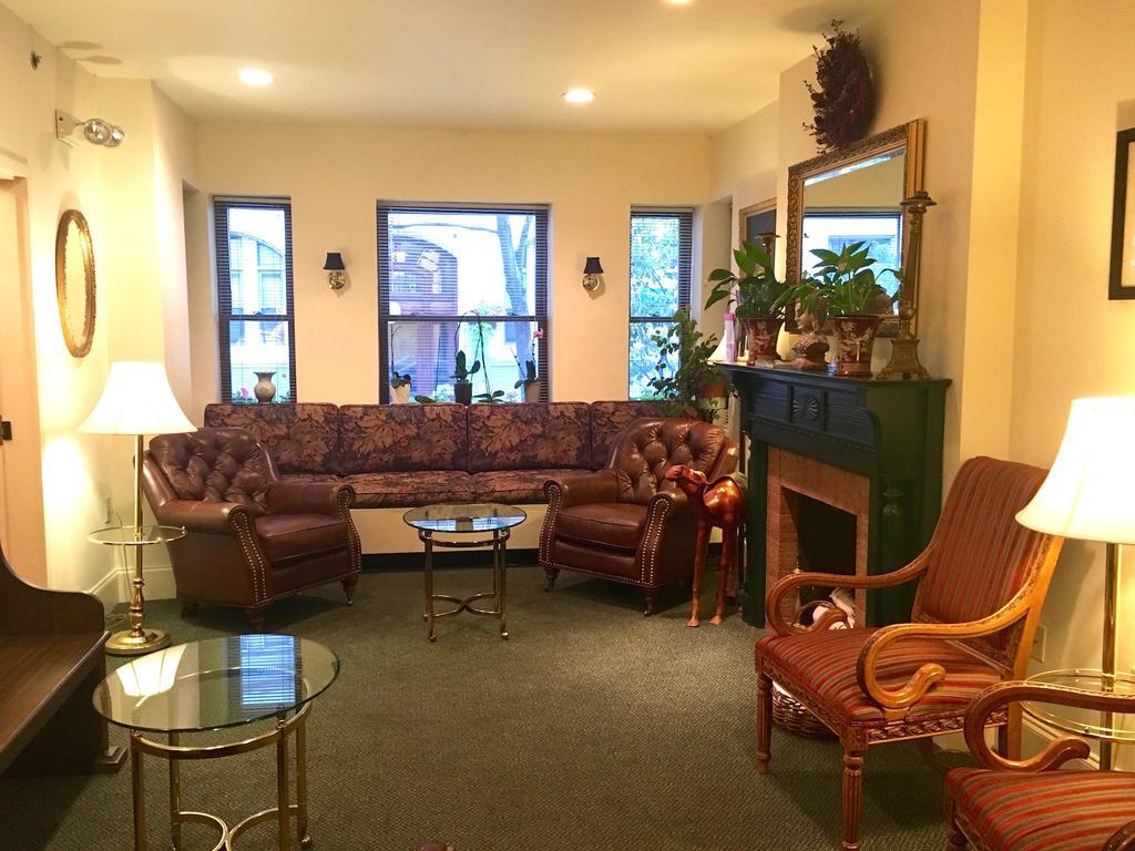 Oasis Guest House best hostels in Boston