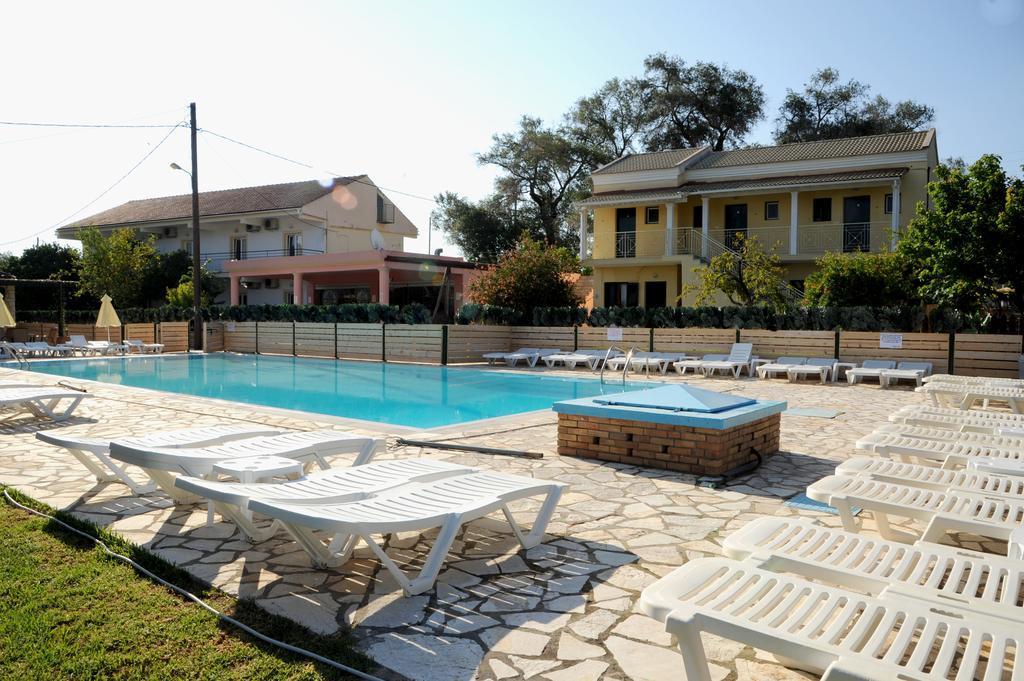 Three Seasons Resort best hostels in Corfu