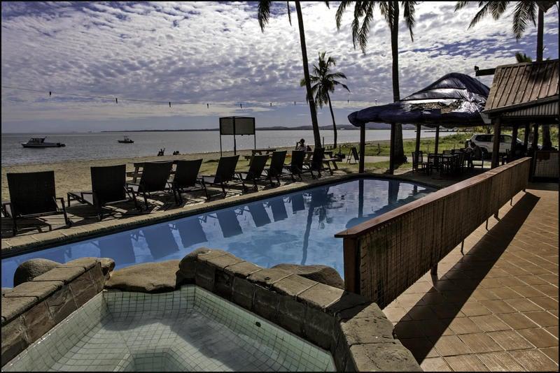 Travellers Beach Resort best hostels in Fiji