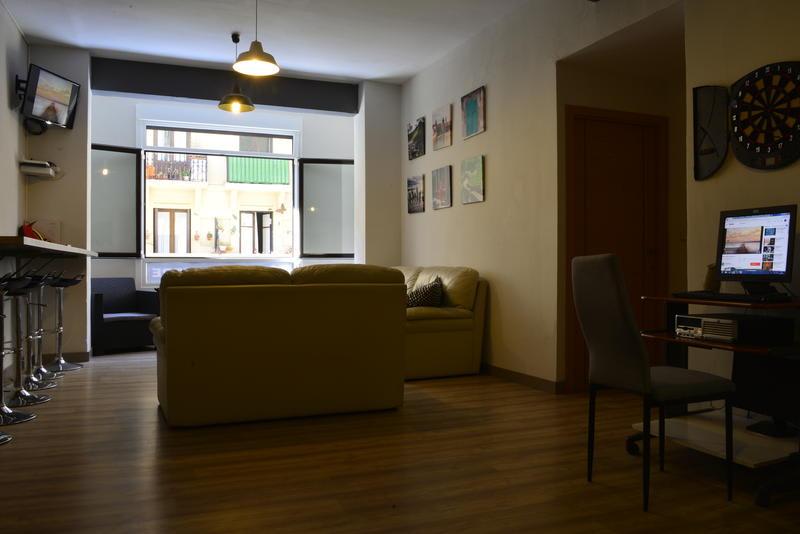 Usturre best hostels in Spain