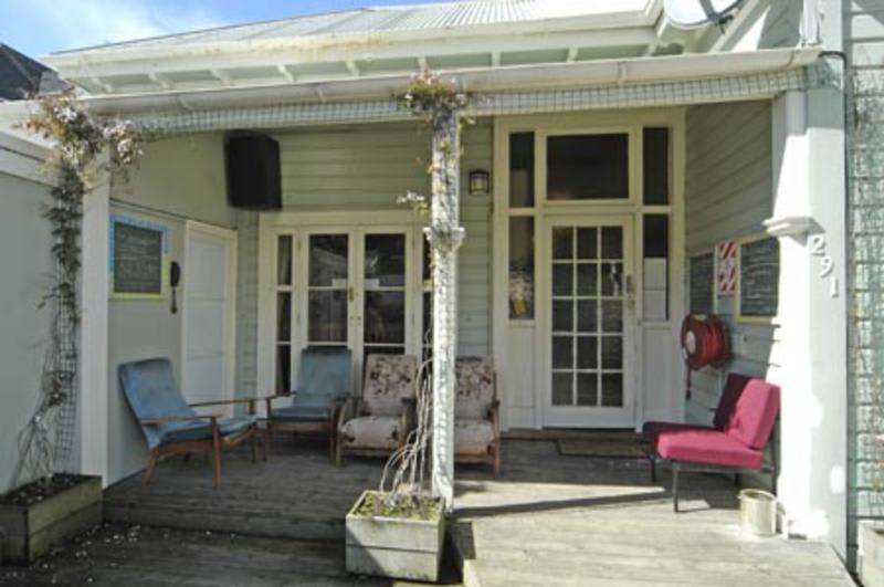 Worldwide Backpackers best hostels in Wellington