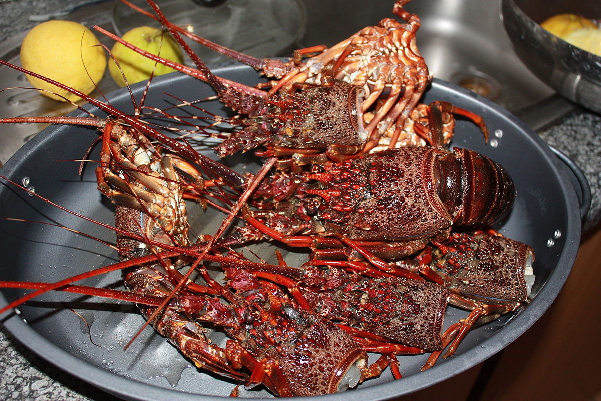 crayfish cooked mozambique seafood