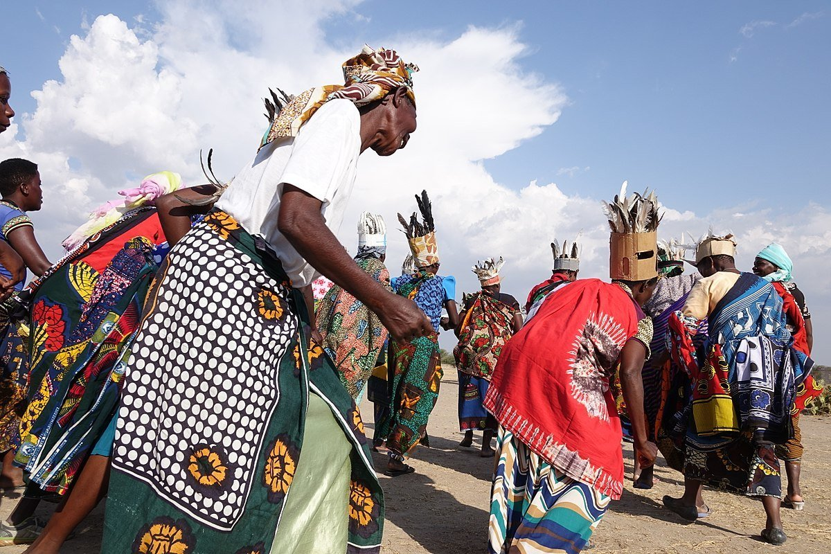 women dancing in tanzania