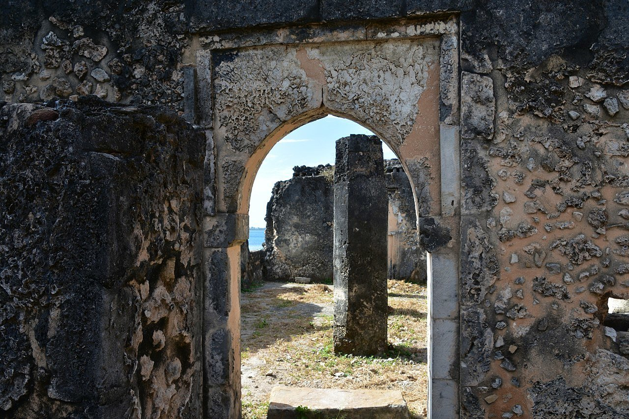 kilwa kisiwani ruins tanzania