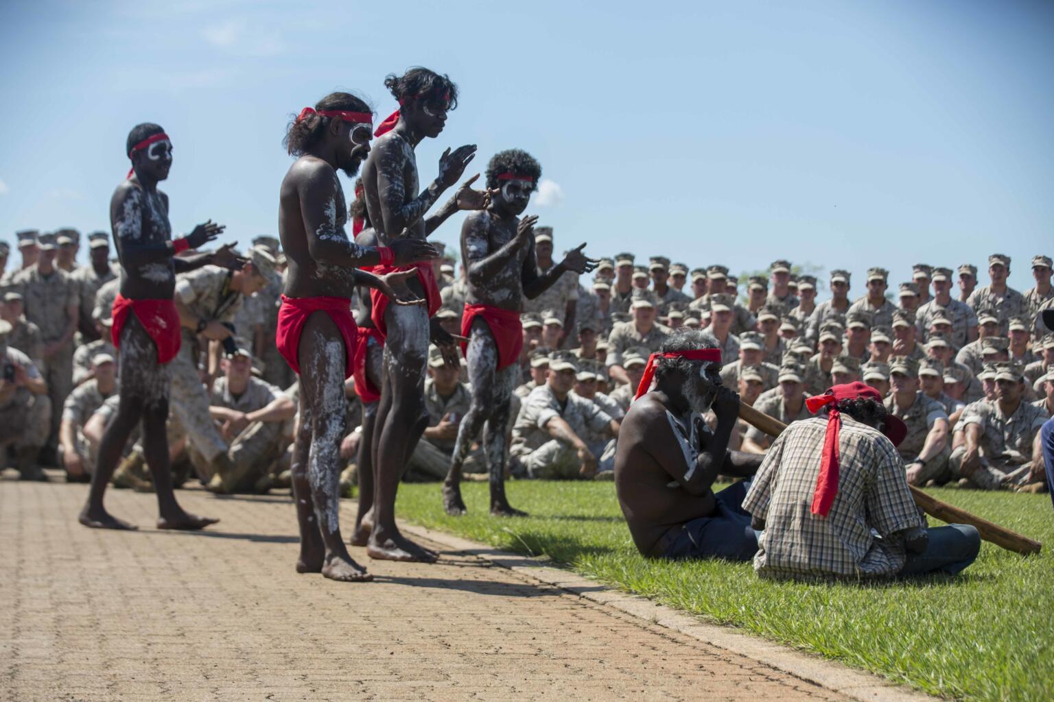 aboriginals playing music darwin