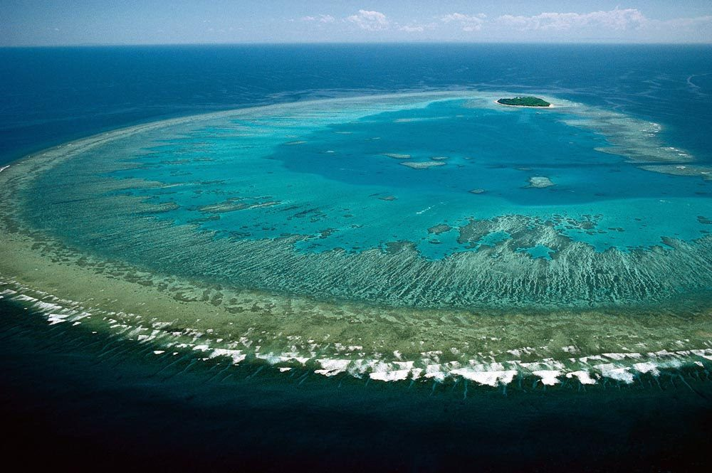 Great Barrier Reef Marine Park - famous national park in Australia