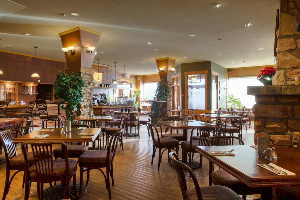 Astoria Hotel best hostels in Jasper
