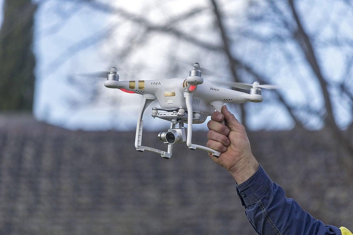 DJI Phantom 3:Best Travel Drone for Beginners