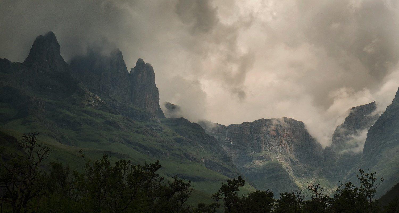 backpacking drakensberg south africa