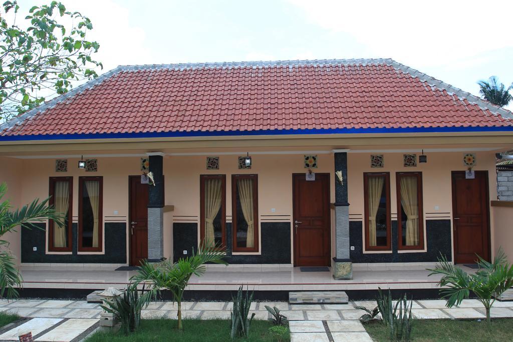 Soka Homestay best budget hotels in Nusa Lembongan and Nusa Penida