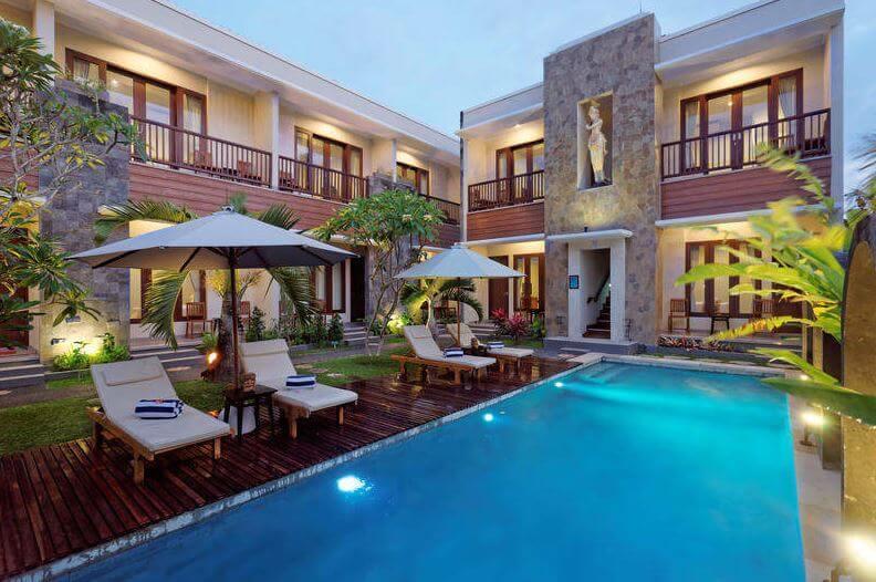 best hostel with private room in Uluwatu