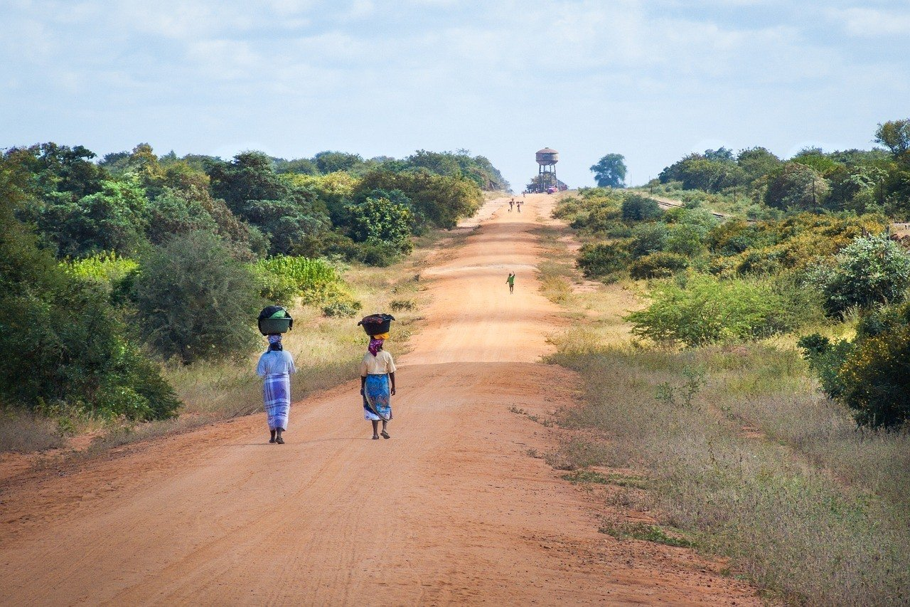 dirt road in mozambique