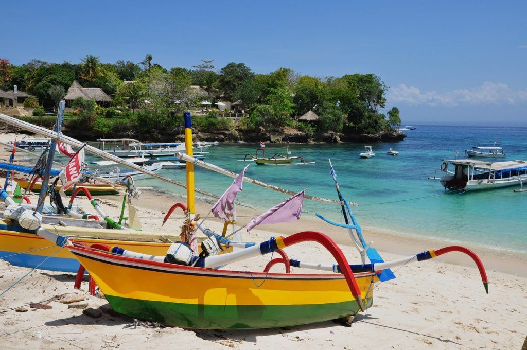 beach in bali with boats