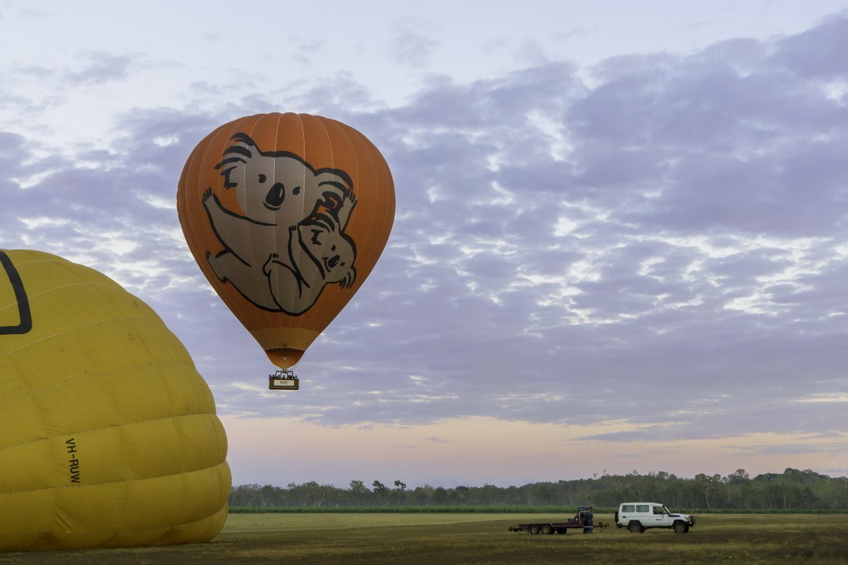 backpacking cairns hot air balloons